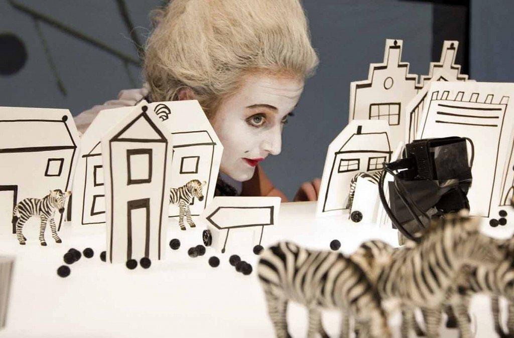 Zebra-Zebra-Bowie-Verschuuren-5-745552-1000x600.jpg